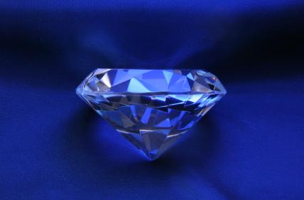 schwarzer diamant blauer diamant farbige diamanten. Black Bedroom Furniture Sets. Home Design Ideas